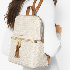 Authentic MICHAEL KORS Rhea Medium Logo Backpack